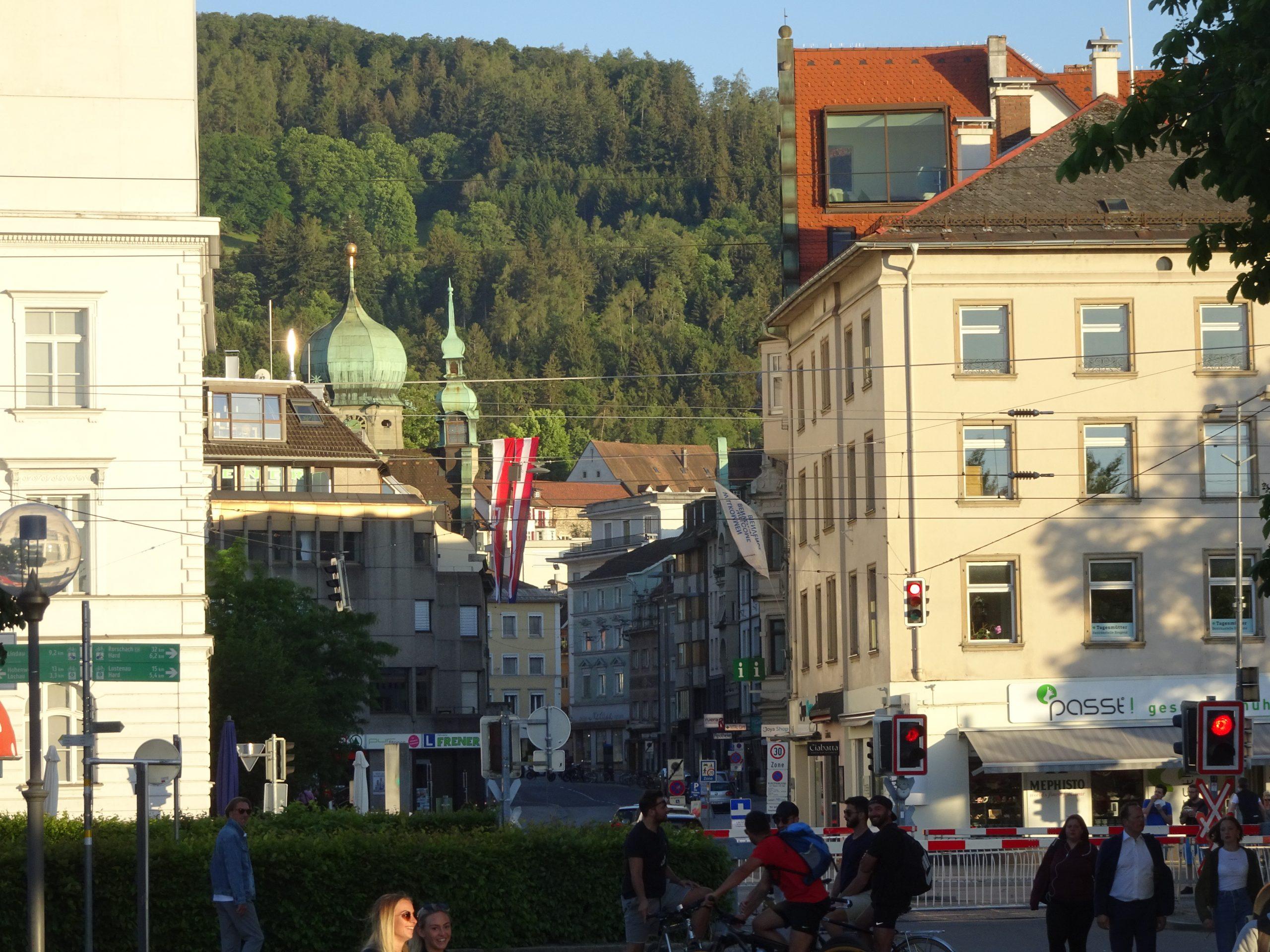 Die Entwicklung - 1490772863s Webseite! - NMS Bregenz-Stadt